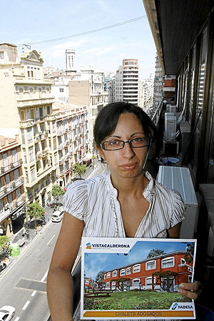 Josefa Vicente, una de las afectadas por el concurso de acreedores de Martinsa-Fadesa (Foto: VICENT BOSCH).