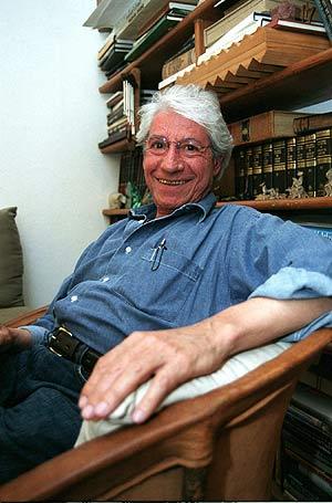 El poeta y dramaturgo mexicano Alejandro Aura. (Foto: EFE/José Manuel Jiménez)
