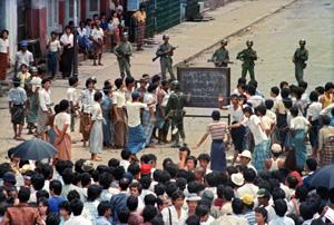 Fotografía tomada el 26 de agosto de 1988 en Birmania. (Foto:Tommaso Villani).