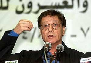 Darwish, en una imagen de 2004. (Foto: AFP)