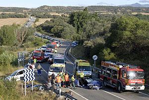 Siete personas han resultado heridas, cuatro de ellas de gravedad, en un accidente. (Foto: EFE)