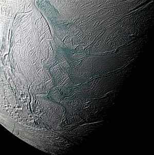 Imagen de uno del satélite de Saturno. (Foto: AP)