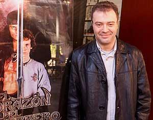 El director de cine durante la presentación de su película 'El corazón del Guerrero' (Foto: EFE)
