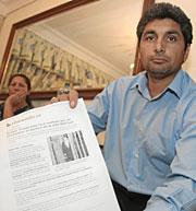 Cortés, con la información sobre la sanción a Tirado. (Foto: J.C. Aguado)