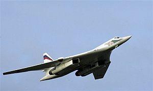 El Tu-160, el avión supersónico usado por Rusia en sus maniobras. (Foto: AP)