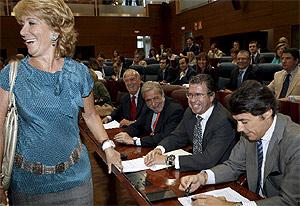 aguirre, durante el Debate sobre el Estado de la Región. (EFE)