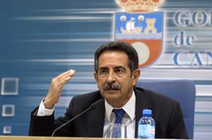 El presidente cántabro Miguel Ángel Revilla (Foto: Joaquín Gómez Sastre).