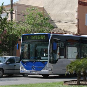 Autobús de la Empresa Municipal de Transporte.