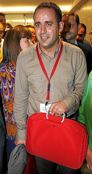 Jorge Alarte, a su llegada al Congreso del PSPV. (Foto: José Cuéllar)