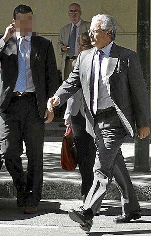 El juez Baltasar Garzón, a la salida de la Audiencia Nacional. (Foto: B. Cordón)