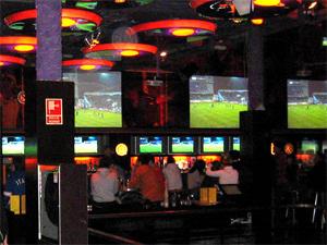 El local  Locos X el Fútbol  de Madrid. 4f3ad7599c234