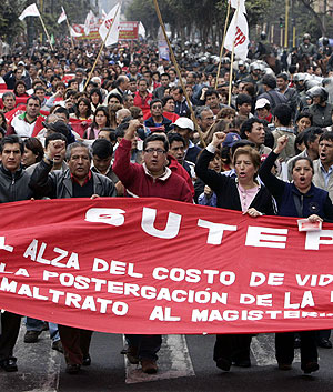 Manifeestación en la 'Jornada Nacional de Lucha'. (Foto: EFE)