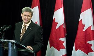 Harper, en Calgary, tras su éxito electoral. (Foto: REUTERS)