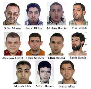 Once de los doce detenidos. (Foto: EFE)