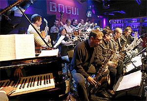 La Bob Sands Big Bad, durante la última actuación en el Boguijazz. (Barajas)