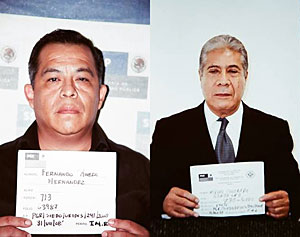 Fernando Rivera Hernández (izda.) y Miguel Colorado Gonzalez, tras ser detenidos. (Fotos: AP)
