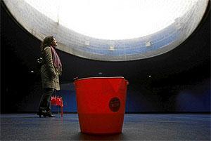Goteras en el interior del monumento a las víctimas del 11-M de la estación de Atocha. (Foto: Carlos Barajas)