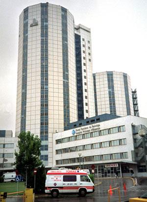 Vista del Hospital de BEllvitge. (Foto: EFE)