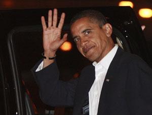 El presidente electo de EEUU, Barack Obama, saluda a los ciudadanos en Chicago. (Foto: REUTERS)