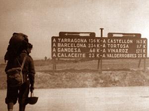 Un militar italiano, en una carretera de Valencia. (Foto: Instituto Cervantes de Roma)