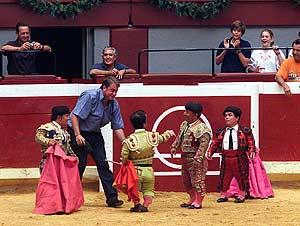 Imagen de archivo de un espectáculo del 'bombero torero' en la Semana Grande de San Sebastián (Foto: Iñigo Ibáñez)