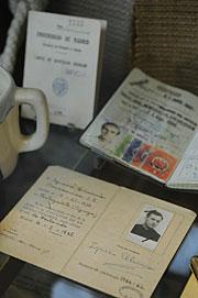 Objetos personales de los jesuitas. (Foto: EFE)