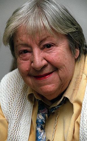 La escritora Gloria Fuertes. (Foto: EFE)