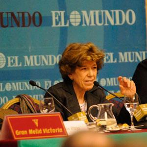 Pilar Urbano en un momento de su intervención. (Foto: Cati Cladera)