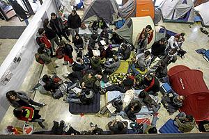 Imagen de uno de los campamentos que los alumnos han dispuesto en distintas facultades en las últimas semanas (Foto: JOSÉ CUÉLLAR).