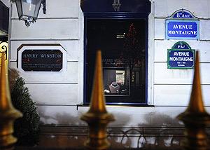 Imagen de la joyería Harry Winston, en la Avenida de Montaigne en París. (Foto: AFP)