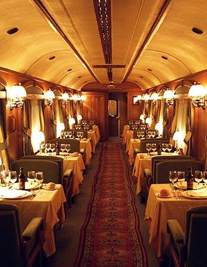 Su interior respeta la tradición de los antiguos coches ferroviarios. Foto: J. M.