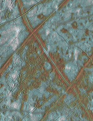 Superficie de la luna Europa de Júpiter, fotografiada por la sonda 'Galileo' de la NASA. (Foto: NASA)