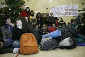 Representacion de la Universidad Complutense de madrid de la asamblea de estudiantes contra el plan Bolonia. (Foto: Gonzalo Arroyo)