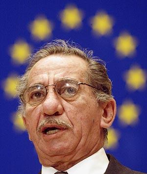 El ex presidente chipriota en una intervención en el Consejo Europeo en Estrasburgo. (Foto: AFP)