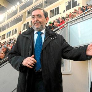 Vicente Grande en su última aparición en el Ono Estadi. (Foto: Alberto Vera)