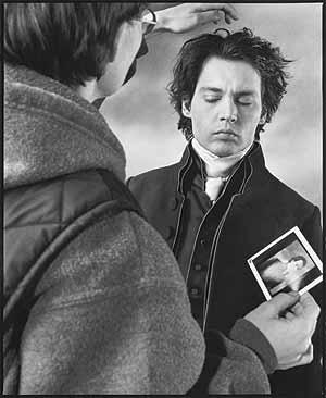 Johnny Depp, en el rodaje de 'Sleepy Hollow', de Tim Burton. (Foto: Mary Ellen Mark)