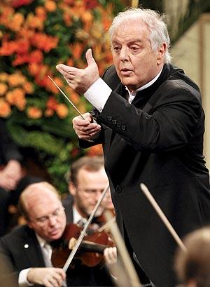 Daniel Barenboim, en un momento del concierto anual en Viena. (Foto: EFE)