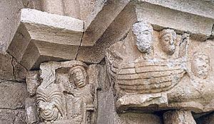 Detalle de un capitel de la ermita. (Foto: elmundo.es)