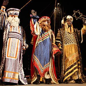 Imagen de la Cabalgata de Reyes del pasado lunes. (Foto: Jordi Avellà)