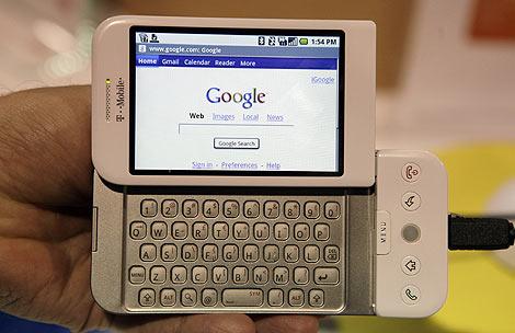 Portada de Google en un teléfono G1 con Android. (Foto: AP)
