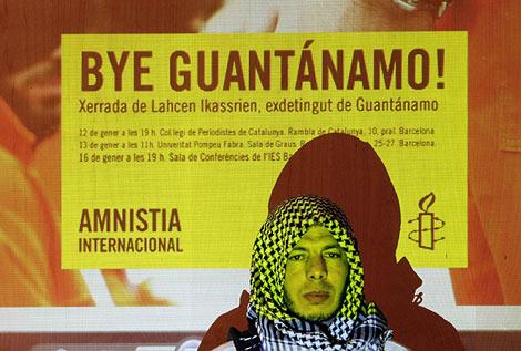 Lahcen Ikassrien, durante la rueda de prensa. (Foto: Reuters)