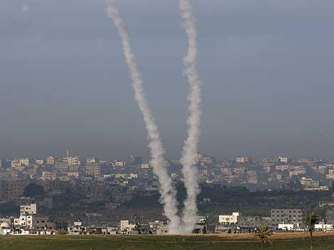 Hamas ha lanzado varios cohetes contra Israel. (REUTERS)