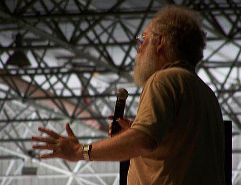 John 'Maddog' Hall habló sobre los orígenes del 'software' libre. (Foto: P. R.)