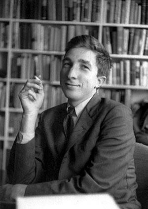 John Updike, en una imagen tomada en torno a 1960. (Foto: REUTERS | Alfred A. Knopf)