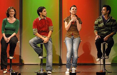 Los cuatro actores que participan en la función 'Mi primera vez'. (Foto: Edigra)