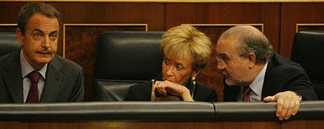 Zapatero, De la Vega y Solbes, en el Congreso. | Antonio Heredia