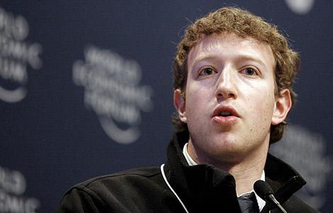 El fundador y presidente de Facebook, Mark Zuckerberg, en su intervención en el Foro Económico de Davos el 30 de enero. | Efe