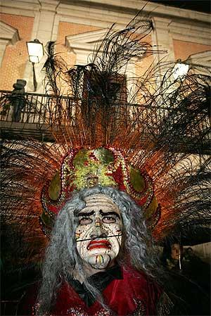 Presentación de los carnavales en la Plaza de la Villa, Madrid. (Foto: B. Cordon)