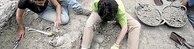 Los trabajos de los arqueólogos.