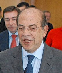 José Marín.